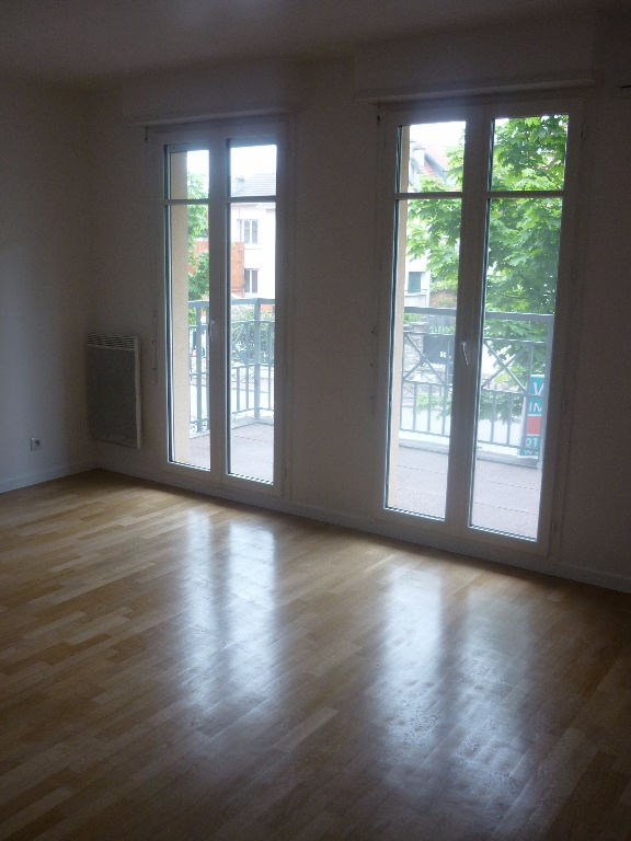 Rental apartment Saint germain en laye 1 550€ CC - Picture 2
