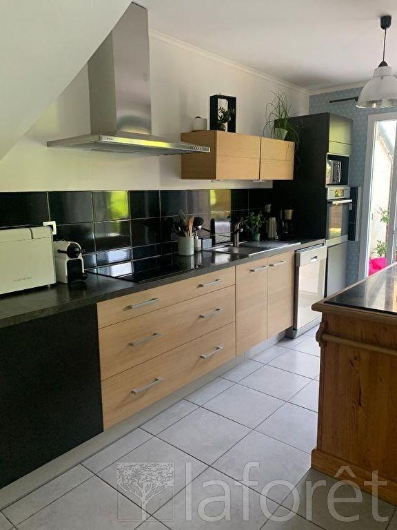 Rental house / villa Saint etienne de saint geoirs 850€ CC - Picture 4