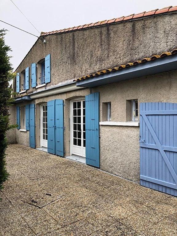 Sale house / villa Le chay 152500€ - Picture 2