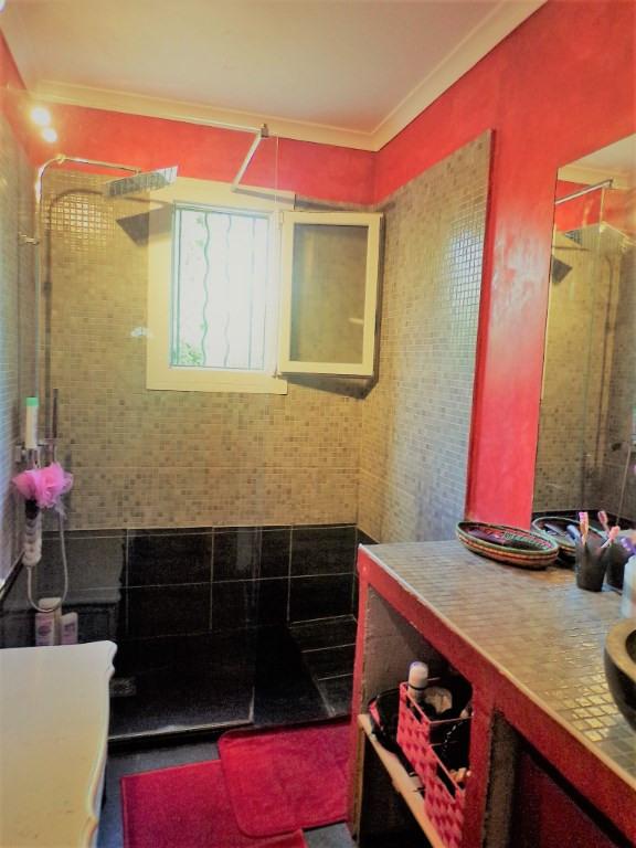 Vente maison / villa Nimes 278000€ - Photo 9
