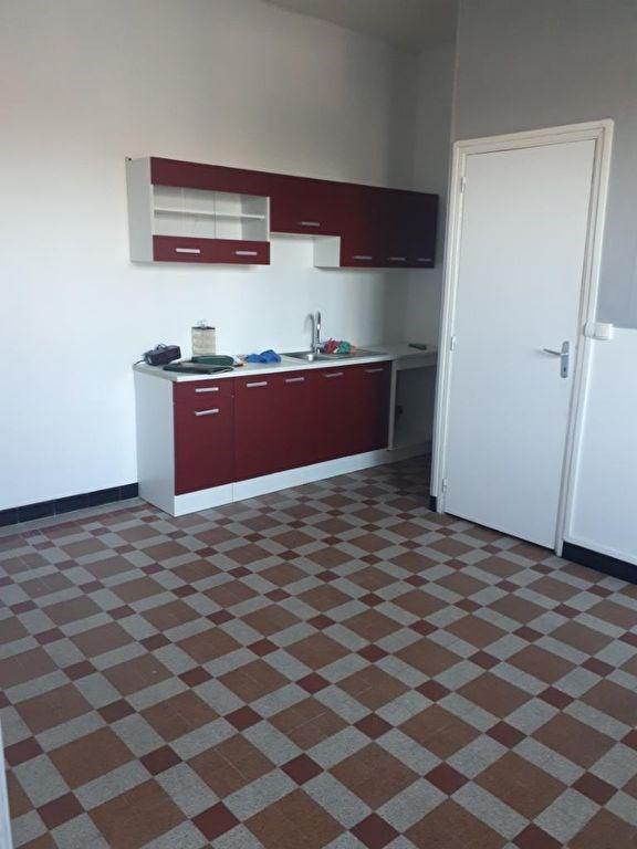 Location maison / villa Blendecques 560€ CC - Photo 3