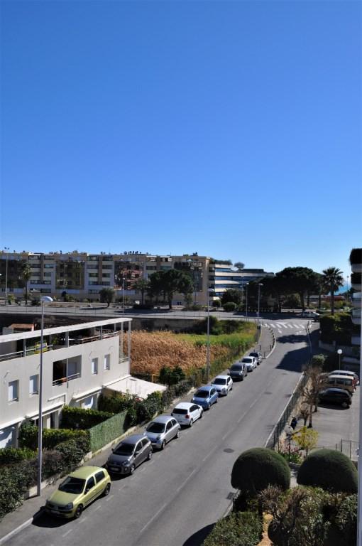 Verkoop  appartement Saint laurent du var 225000€ - Foto 4