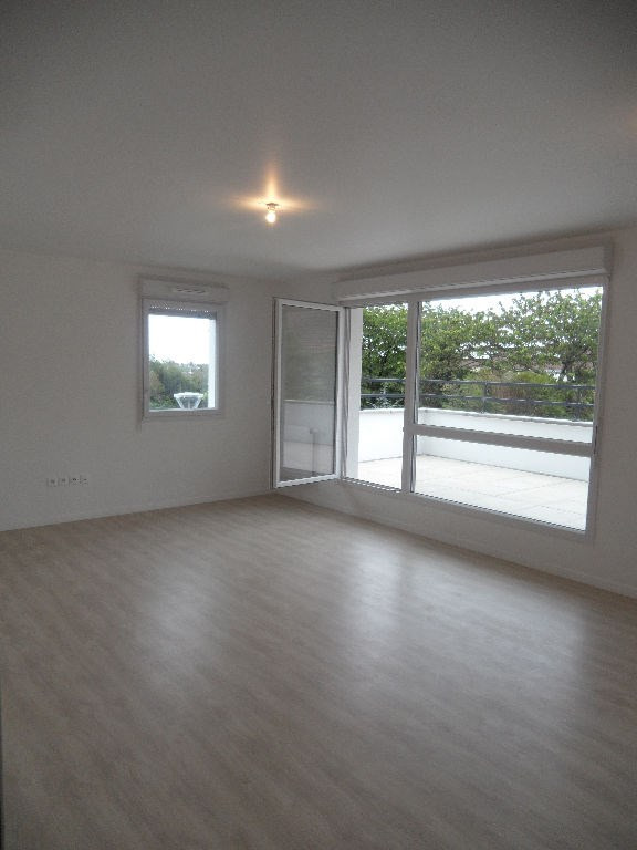 Rental apartment Epinay sur orge 780€ CC - Picture 1