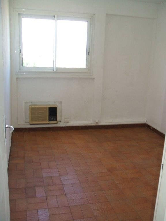 Sale apartment Le port 99 000€ - Picture 2