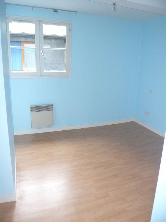 Location appartement Laval 412€ CC - Photo 4
