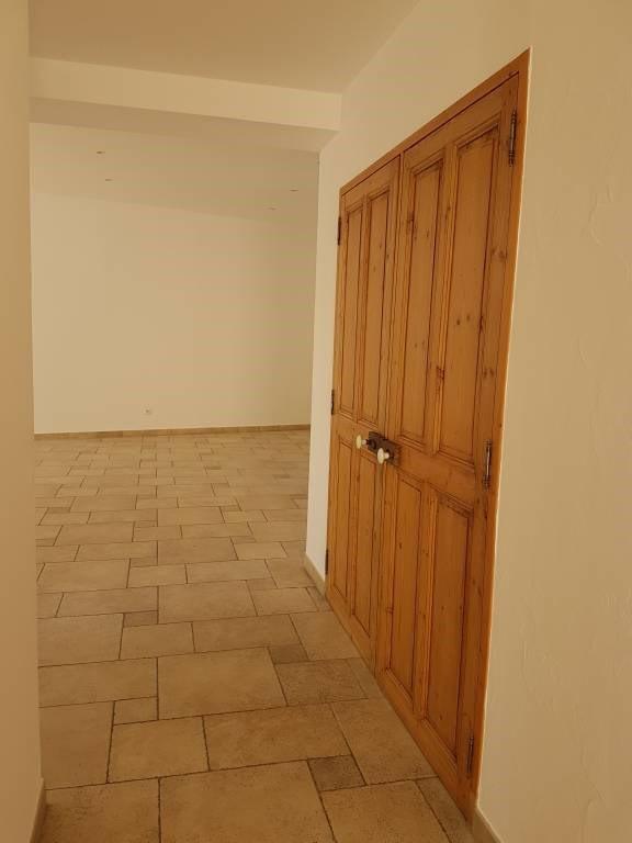 Rental house / villa Rognonas 1600€ CC - Picture 6