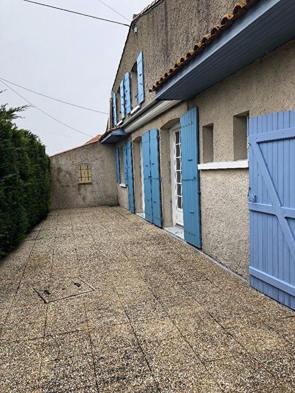 Sale house / villa Le chay 152500€ - Picture 15