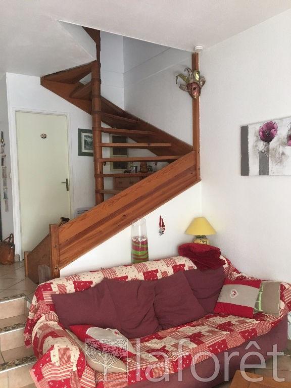 Sale house / villa L isle d'abeau 164000€ - Picture 3