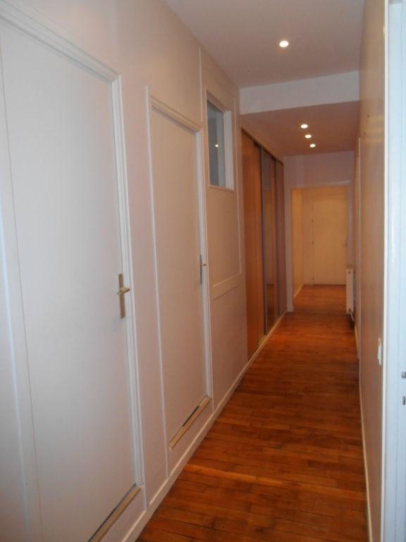 Rental apartment Saint quentin 900€ CC - Picture 5