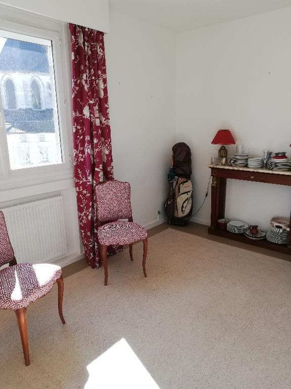 Location appartement Saintes 870€ CC - Photo 10