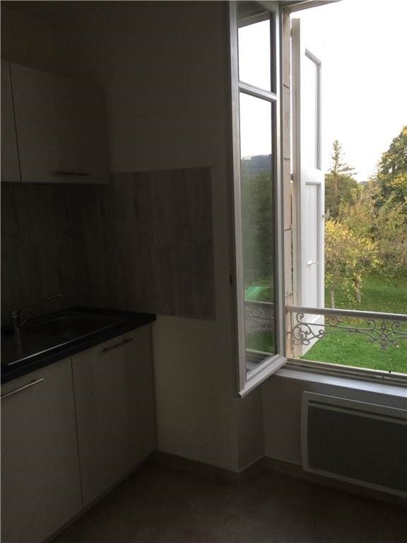 Location appartement Laissac 460€ CC - Photo 2