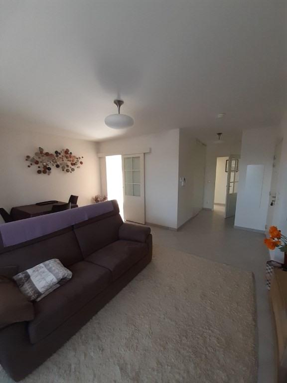 Sale apartment Annemasse 330000€ - Picture 3