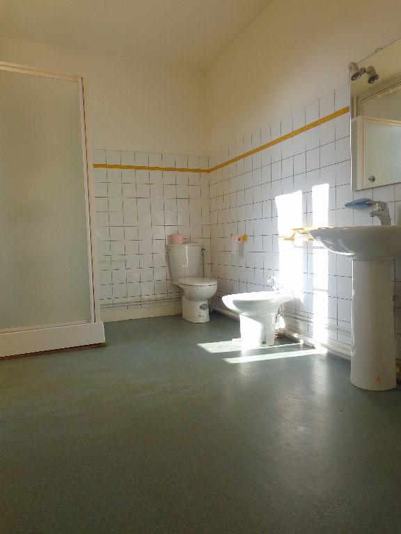 Location appartement Aire sur l adour 384€ CC - Photo 5