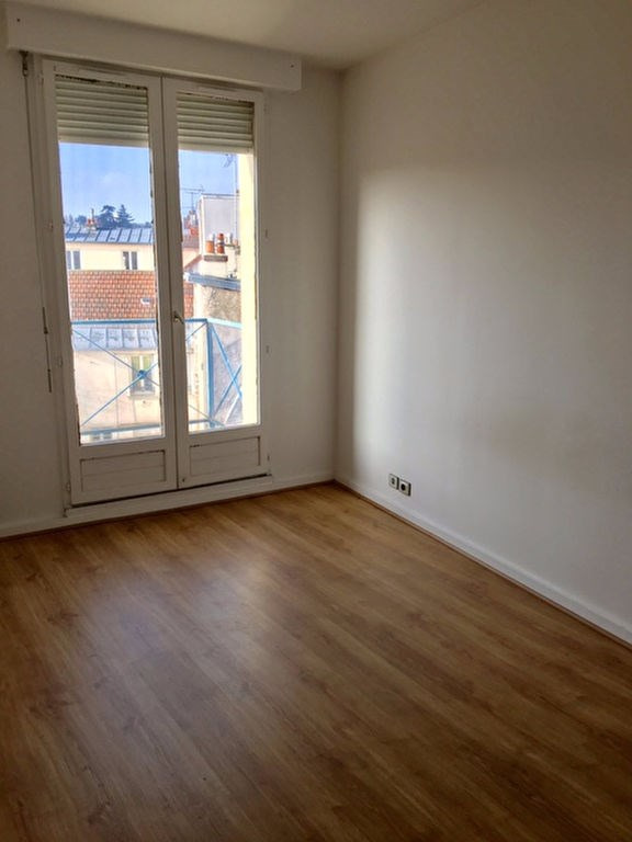 Rental apartment Poissy 757€ CC - Picture 3