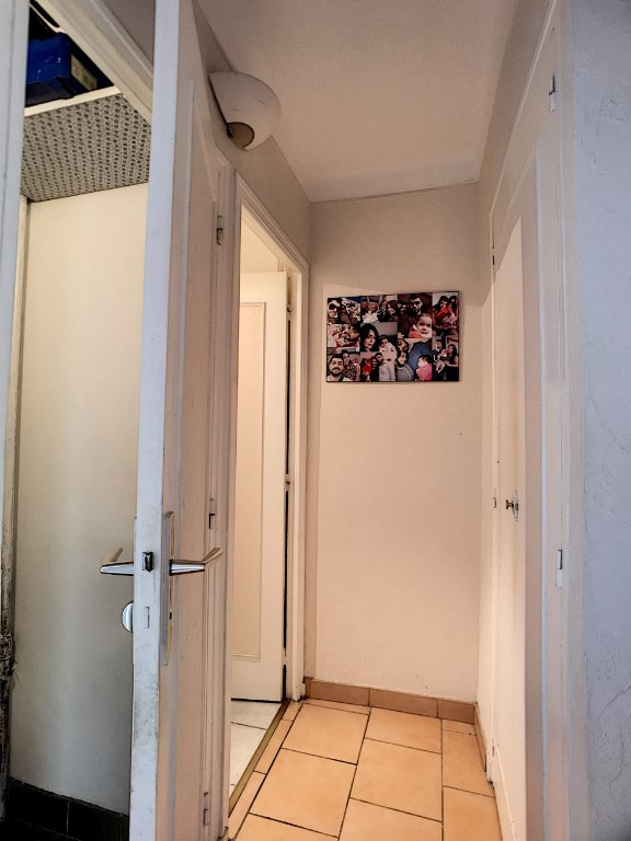 Vendita appartamento Vence 165000€ - Fotografia 5