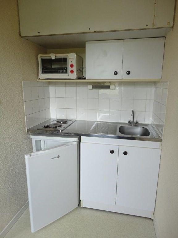 Location appartement Limoges 281€ CC - Photo 3