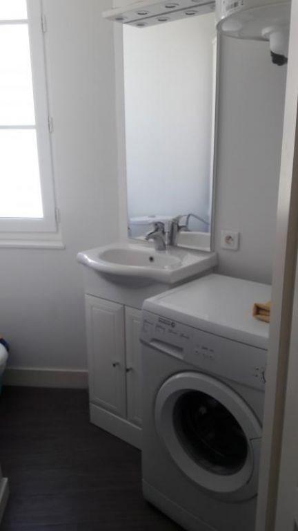 Location appartement Saintes 355€ CC - Photo 5