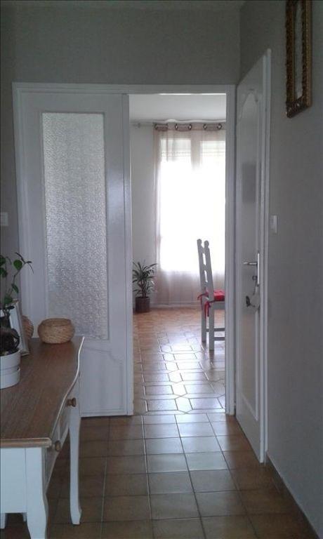 Rental house / villa Aiffres 705€ CC - Picture 3