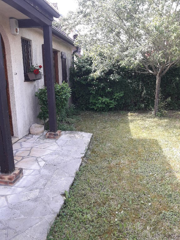 Sale house / villa Poissy 422300€ - Picture 11