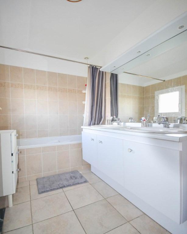 Sale house / villa Les clayes sous bois 640000€ - Picture 14