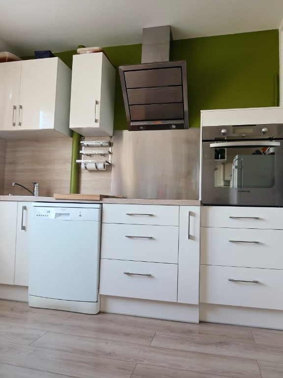 Sale apartment Longvic 98000€ - Picture 2