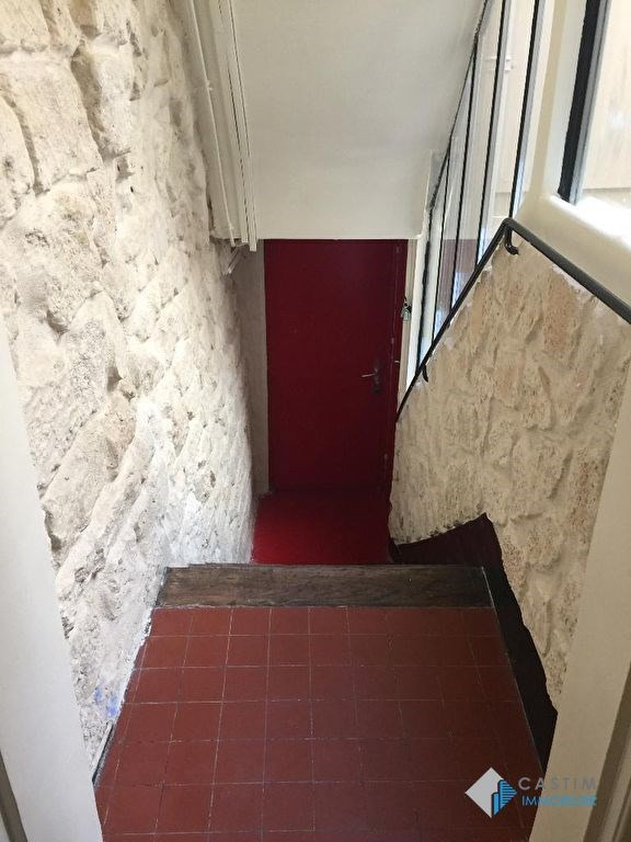 Location appartement Paris 3ème 1 200€ CC - Photo 2