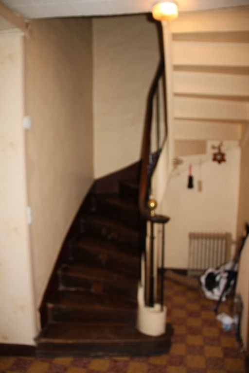 Sale house / villa Le bourgneuf la foret 74000€ - Picture 4