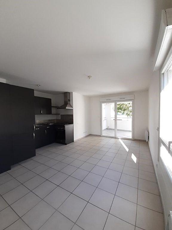 Sale apartment Bonne 220000€ - Picture 1