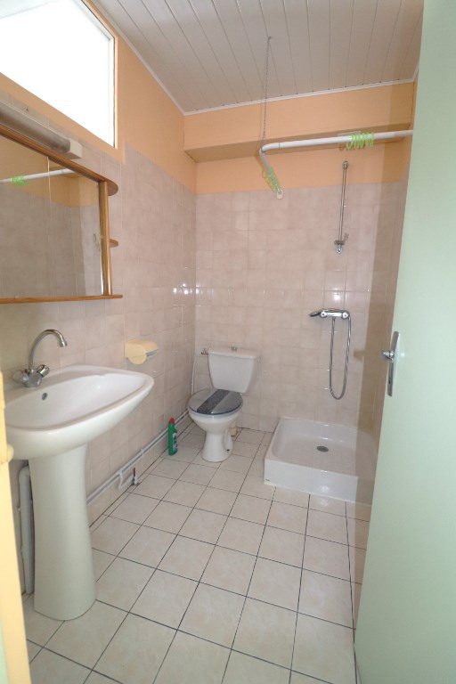 Rental apartment Montargis 362€ CC - Picture 5