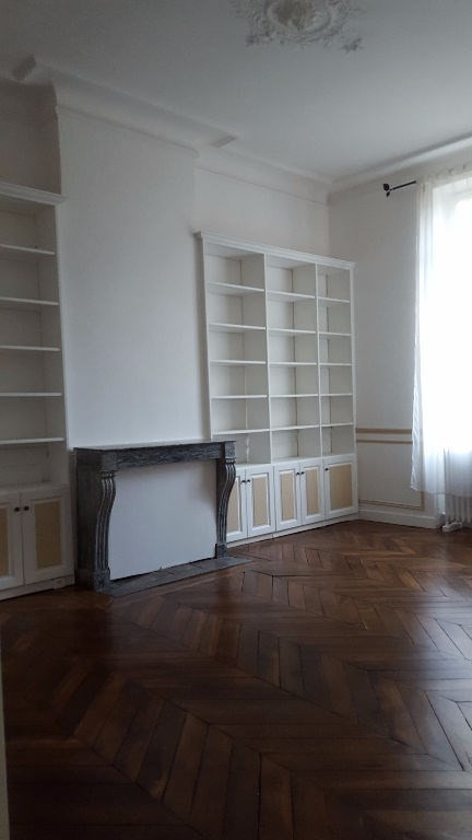 Location appartement Saint germain en laye 1 900€ CC - Photo 3