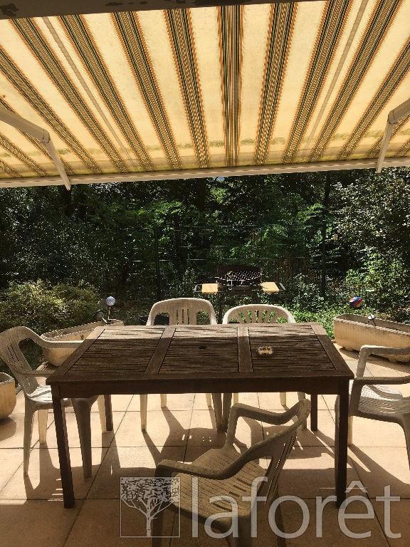 Sale house / villa L isle d'abeau 164000€ - Picture 1