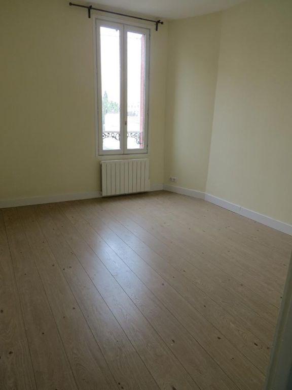 Rental apartment Maisons laffitte 935€ CC - Picture 3