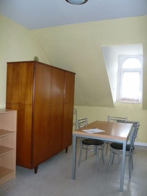 Location appartement Laval 275€ CC - Photo 3