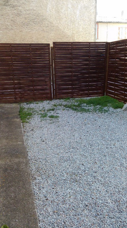 Location maison / villa Villesiscle 560€ CC - Photo 3