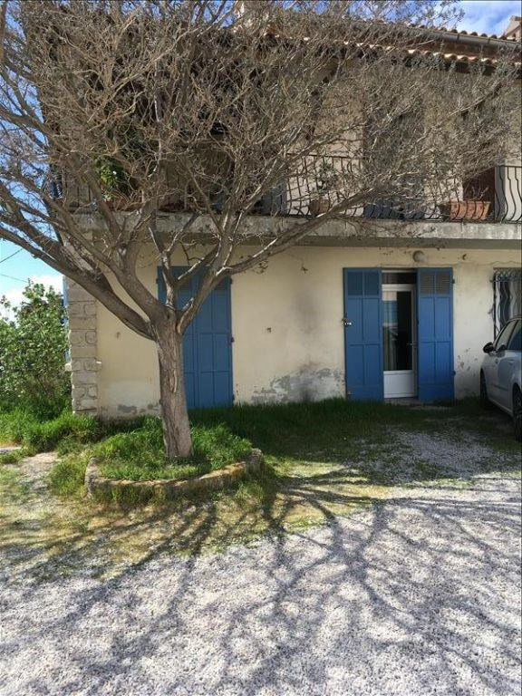 Location appartement Lancon provence 721€ CC - Photo 1