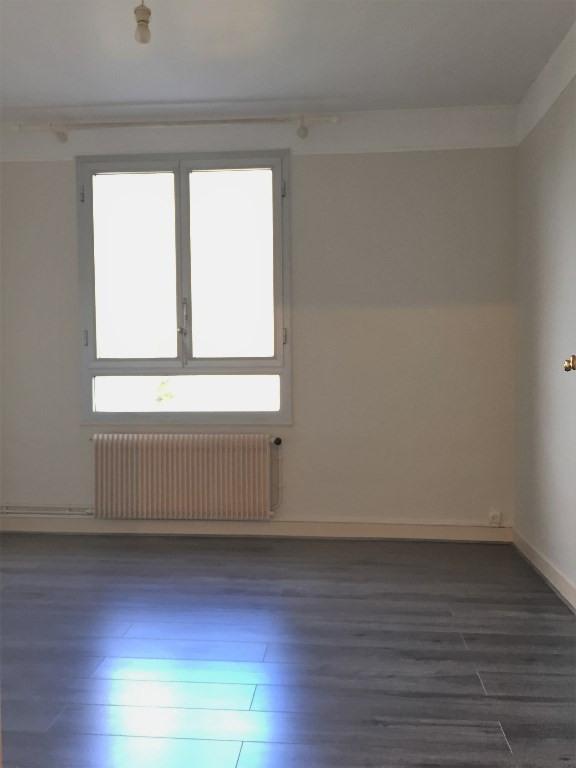 Rental apartment Rueil malmaison 1230€ CC - Picture 7