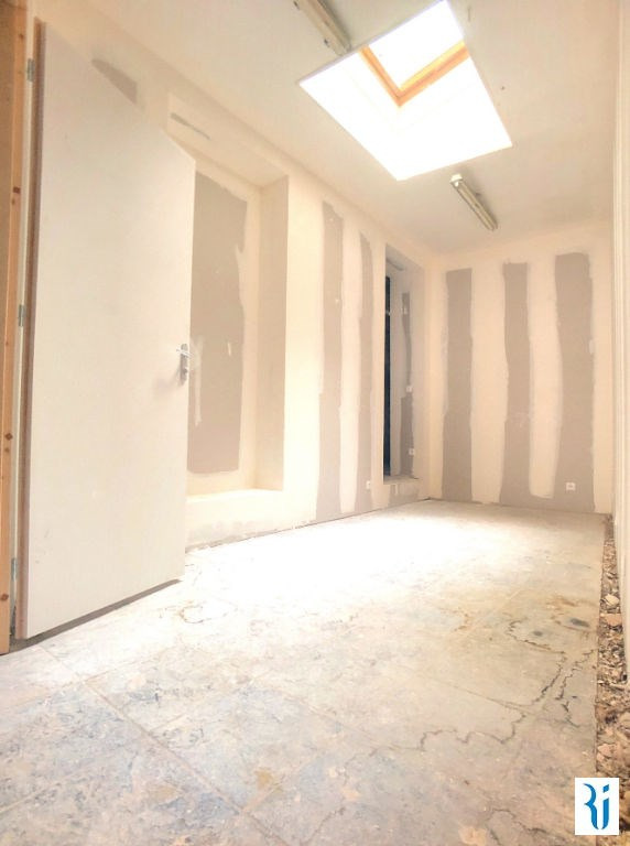 Location local commercial Rouen 880€ CC - Photo 2