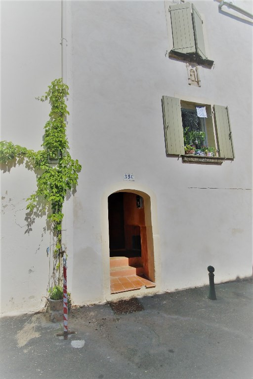 Location appartement Meyrargues 410€ CC - Photo 1