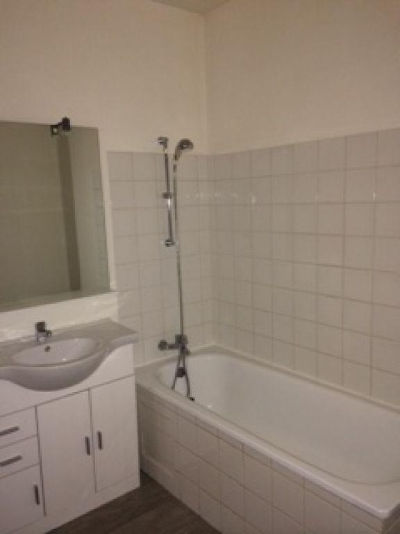 Rental apartment Saint quentin 490€ CC - Picture 12