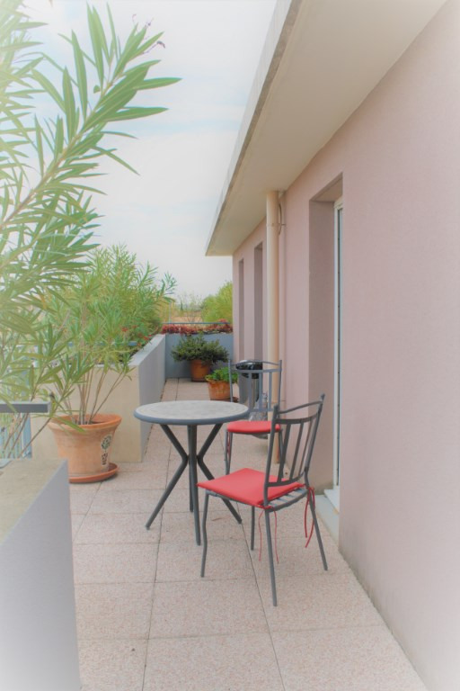 Sale apartment Lambesc 550000€ - Picture 7