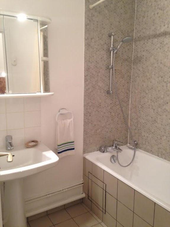 Rental apartment Paris 15ème 1072€ CC - Picture 8