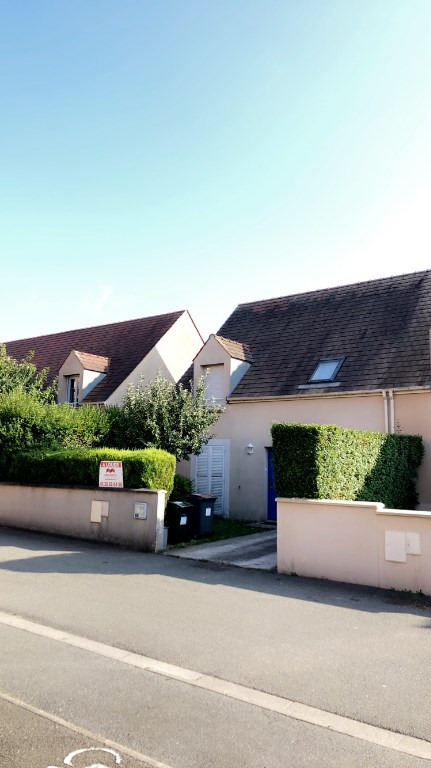 Rental house / villa Ecquevilly 1265€ CC - Picture 3