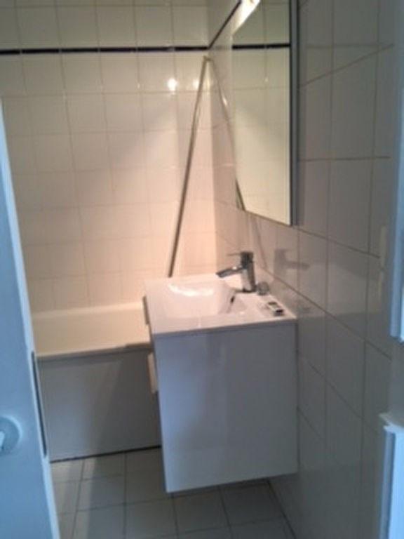 Rental apartment Chatou 875€ CC - Picture 5