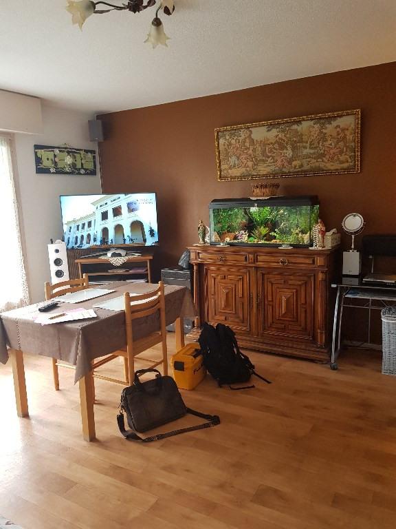 Sale apartment Pau 68000€ - Picture 1