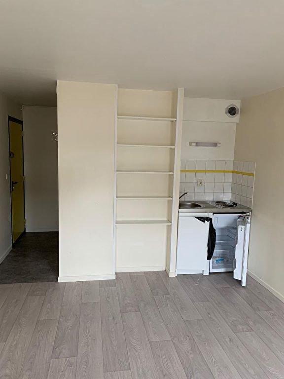 Rental apartment Arras 330€ CC - Picture 2