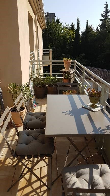 Rental apartment Les angles 733€ CC - Picture 6