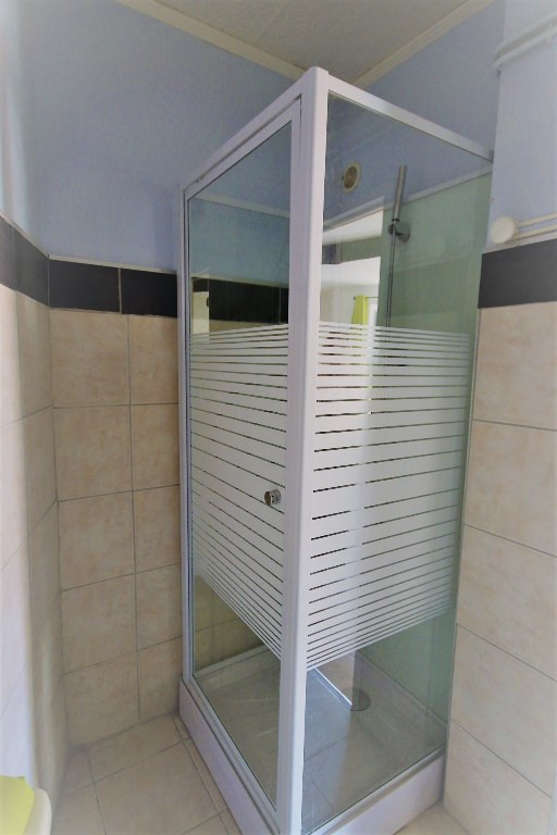 Location appartement Meyrargues 400€ CC - Photo 4