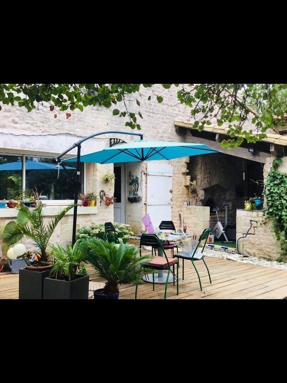 Sale house / villa Germond rouvre 270000€ - Picture 3