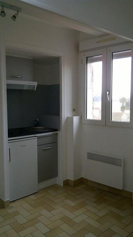 Location appartement La rochelle 385€ CC - Photo 2