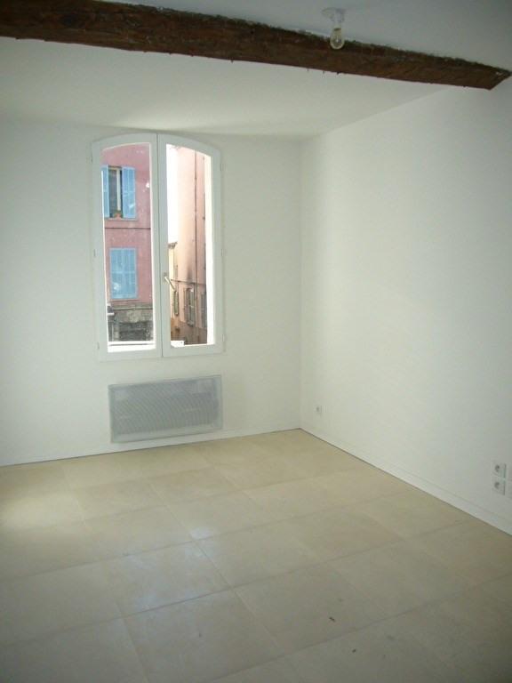 Location appartement Lorgues 450€ CC - Photo 3